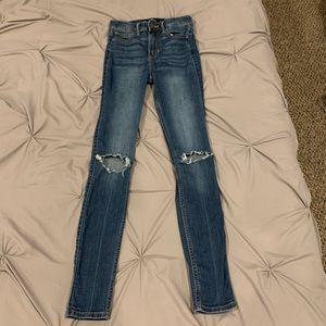 Hollister High Rise Skinny Ripped Dark Wash Jeans